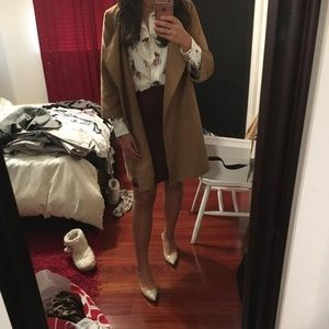 Oversized quarter sleeve camel coat